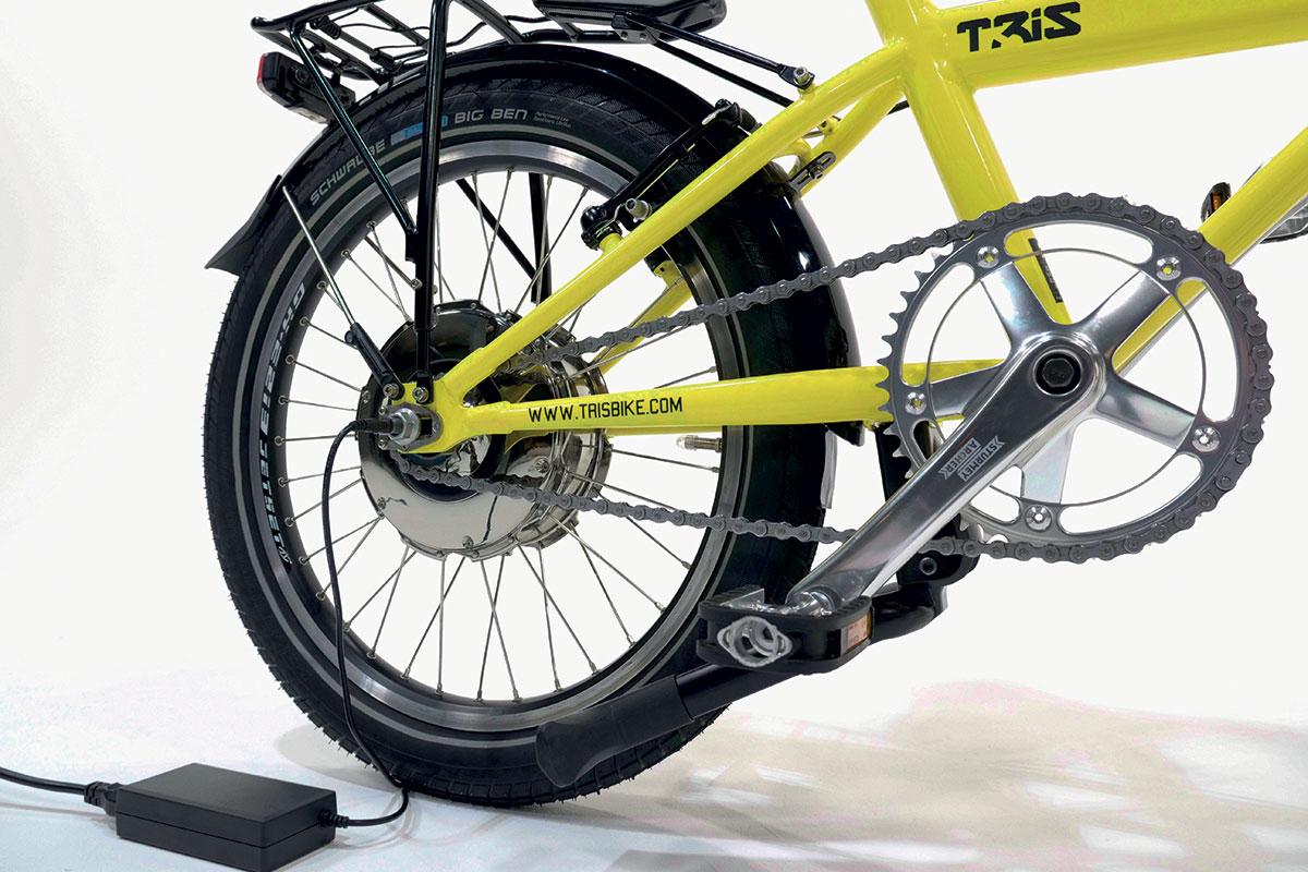Tilting e-bike e-trike