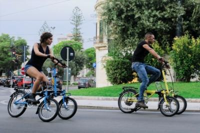 Mini cargo e-bike