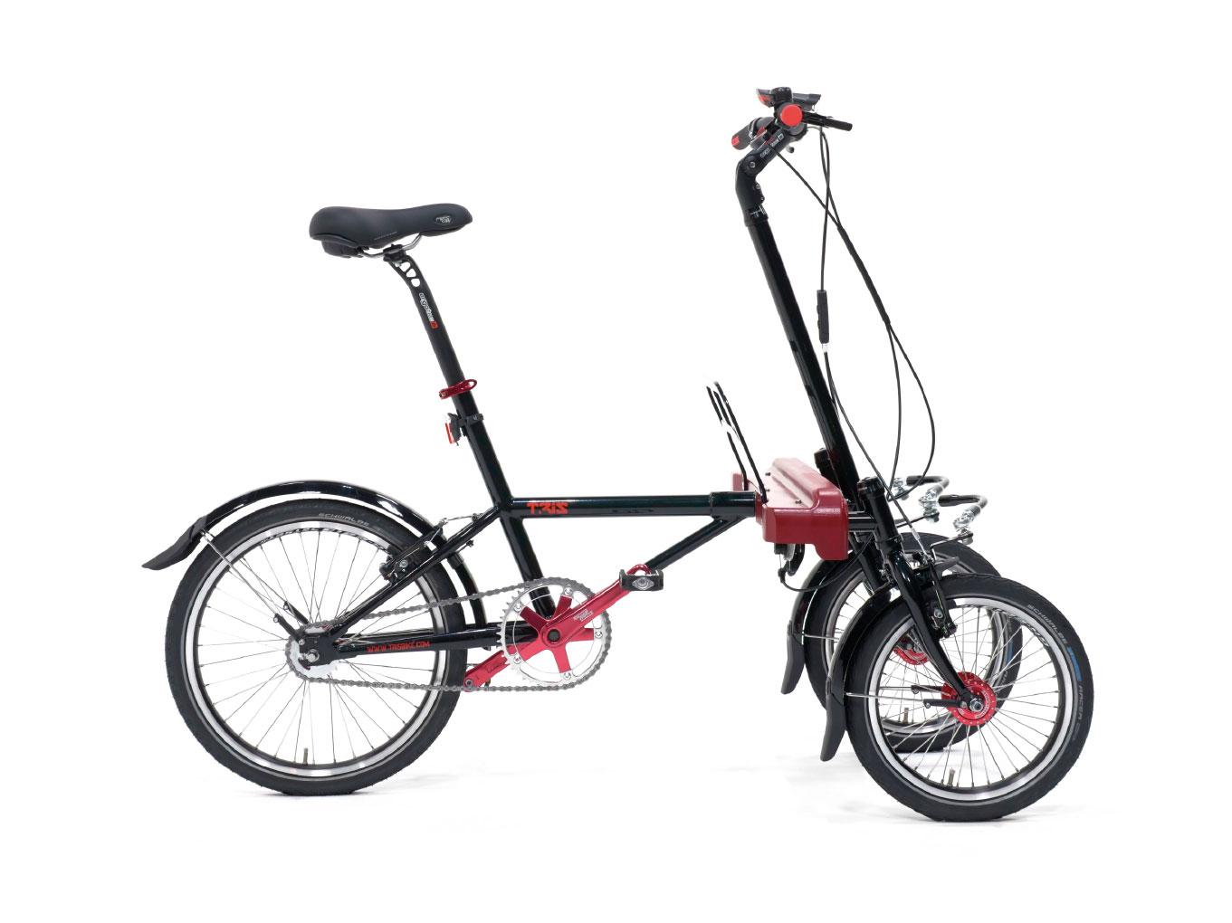 Bicicletta a tre ruote inclinabili e basculanti